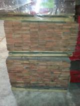 Hardwood  Sawn Timber - Lumber - Planed Timber Oak European - Slavonian Oak 4 sides clear Quarter Sawn, KD, 27 x 700 mm, 2.3 m³