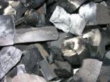 Firelogs - Pellets - Chips - Dust – Edgings Other Species For Sale Germany - Charcoal from OAK, ASH, BIRCH for sale