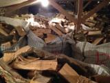 Firelogs - Pellets - Chips - Dust – Edgings Oak European For Sale - Wholesale Oak (European) Firewood/Woodlogs Cleaved in Netherlands