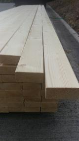 Unedged Softwood Timber - Siberian Larch Half-Edged Boards 45 mm in Poland