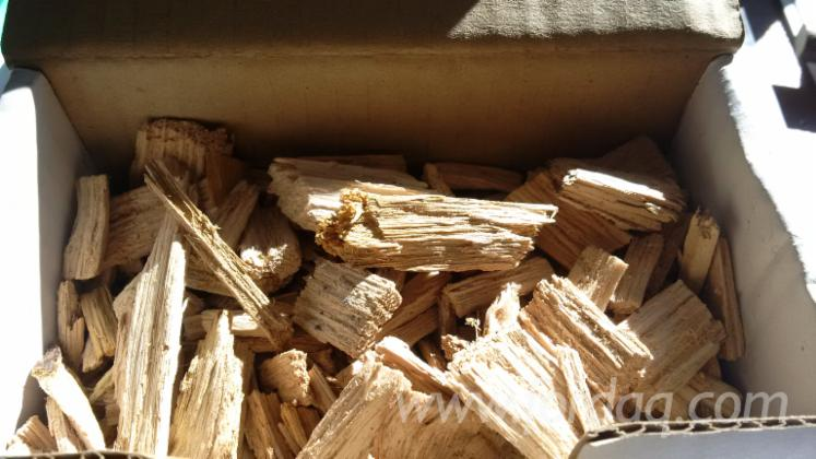 Wood-chips-from-forest-for