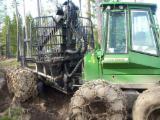 Fordaq wood market Used 2007 John Deere 1110D Skidders for sale in Portugal