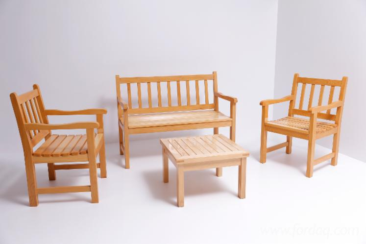 Fir Garden Set of Chairs and Tables