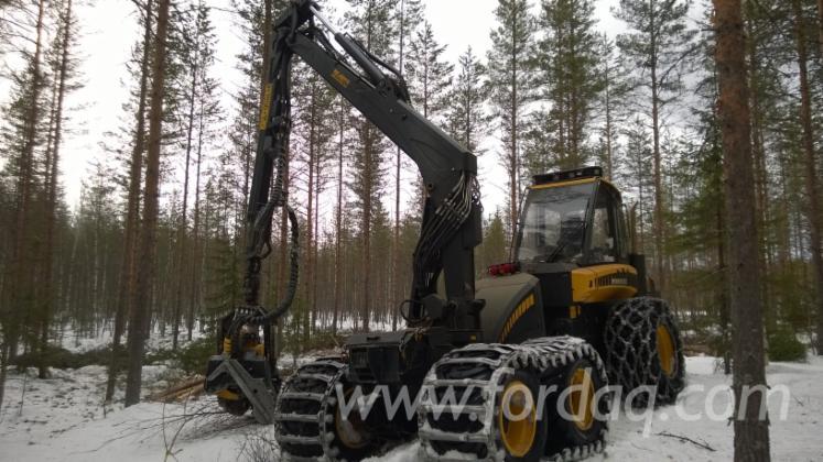 Used-2012-Ponsse-Ergo-6WD-Harvester-in