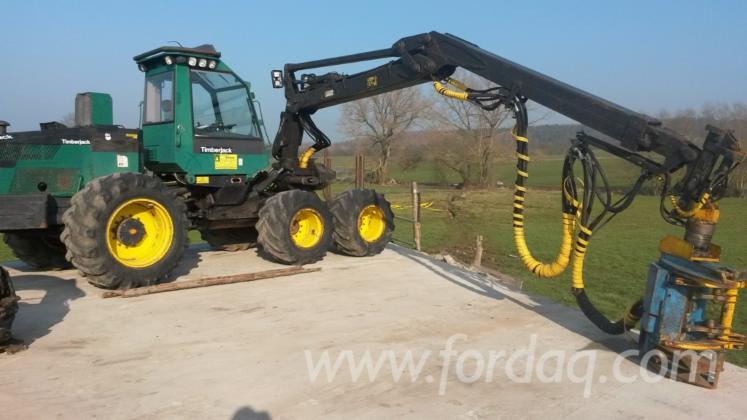 Used-1995-Timberjack-1270A-Harvester-in
