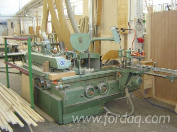 Used-1985-OKOMA-SF-3SFA-Angular-window-machining-centre-for-sale-in
