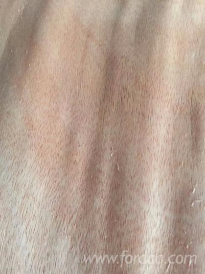 Folheados de corte rotativo