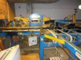 Maszyny do Obróbki Drewna dostawa Frezarki do obróbki trzy- i czterostronnej Używane 1977 WACO HM 225 w Szwecja