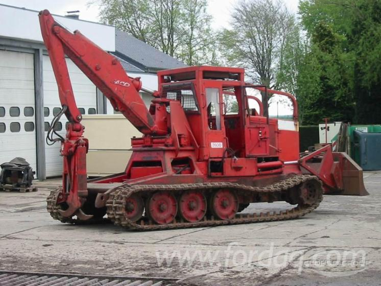 Used-1990-KMC-2500-Skidders-for-sale-in