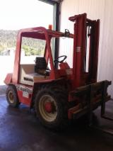 France Supplies Used 1980 Manitou  3.5T Forklift in France