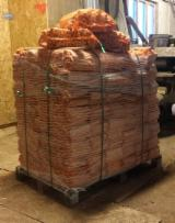 Firewood, Pellets And Residues All Broad Leaved Species - Firewood in net bags - Wholesale
