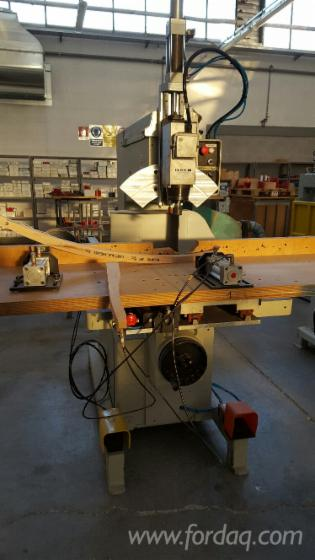 PANTOGRAPHS---Mobile-working-table-with-pneumatic