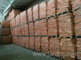 Cele mai noi oferte pentru produse din lemn - Fordaq - Vand Surcele Pin Rosu FSC in 38-200 JASŁO