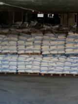 Kleber Und Leime, 400 20'container pro Monat