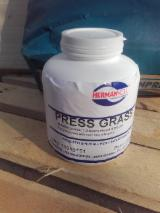 Finishing And Treatment Products - Resins, 1000 pieces per month