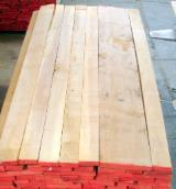 Hardwood - Square-Edged Sawn Timber - Lumber   Italy - Fordaq Online market - 5/4 1 common european Poplar planks