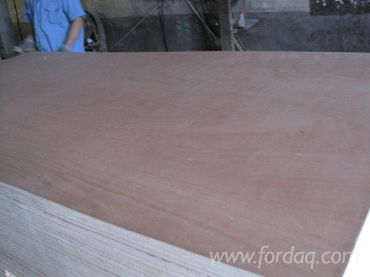1220x2440mm-okoume-plywood-for-furniture