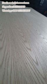 Red oak veneered plywood