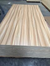 Sklejka Naturalna, Sosna Zwyczajna - Redwood