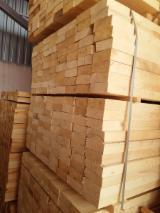 Naaldhout  Gezaagd Hout – Timmerhout Polen - Gevierschaald Hout, Den (Pinus sylvestris) - grenenhout