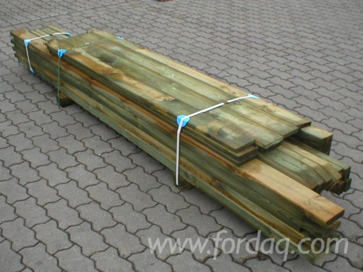 Pine-%28Pinus-Sylvestris%29---Redwood-from