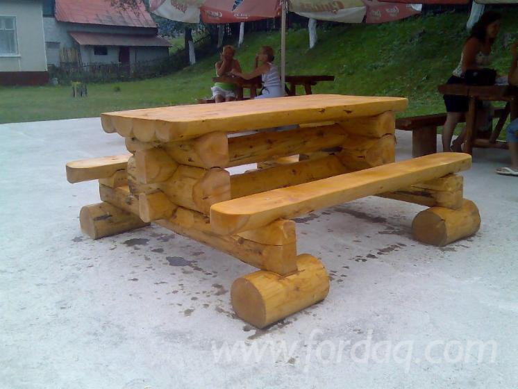 Wholesale Traditional Spruce (Picea Abies) Garden Benches Romania