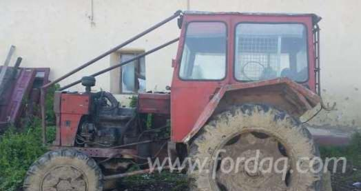 Vend-Tracteur-Forestier----Occasion
