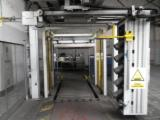 Automatic pallet wrapping machine 2010 year.