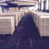Hardwood - Square-Edged Sawn Timber - Lumber  Supplies Germany Planks (boards) , Oak (European)