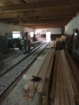 Sawn And Structural Timber Spruce Picea Abies - 25 mm Fresh Sawn Spruce Beams Romania