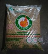 Wholesale Biomass Pellets, Firewood, Smoking Chips And Wood Off Cuts - Pellets Spruce and Pine.