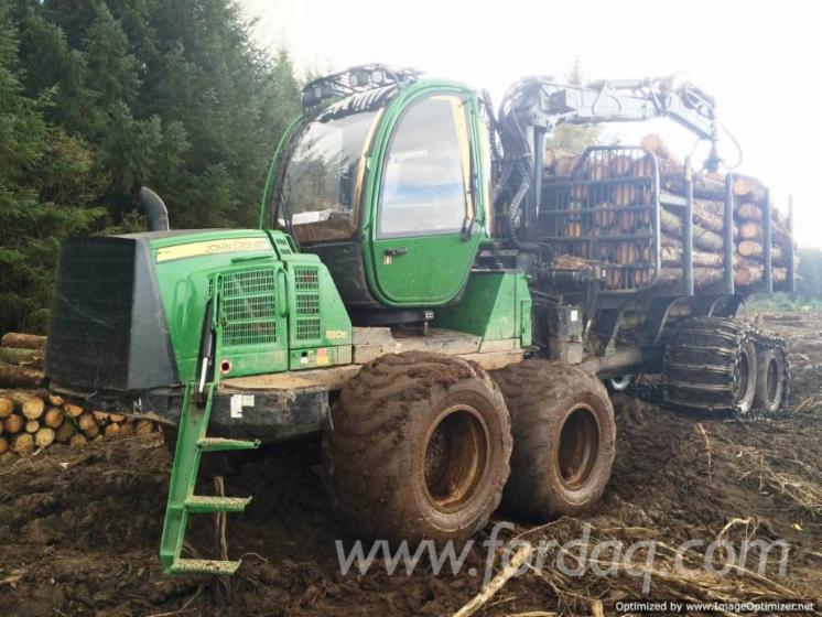 Used-2011-John-Deere-1110E-Forwarder-in