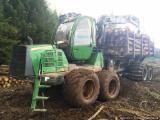 Oprema Za Šumu I Žetvu - Polovna 2011 Prevoznik John Deere 1110E sa Njemačka