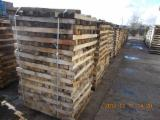 Hardwood - Square-Edged Sawn Timber - Lumber  - Fordaq Online market Planks (boards) , Hornbeam