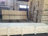 Poddane Obróbce Drewno I Drewno Budowlane - Fordaq - Tarcica Obrzynana, Sosna Zwyczajna  - Redwood