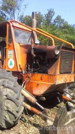 Vend-Tracteur-Forestier-Occasion