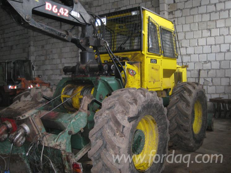 Used-LKT-82-2003-Skidder-in