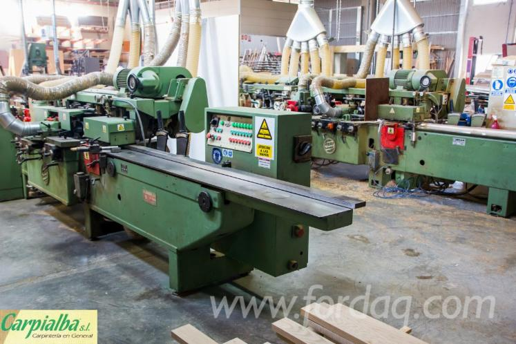 Somos fabricantes de moldura y parquet madera maciza for Parquet madera maciza
