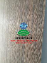 Textured straight grains veneer plywood