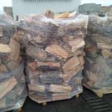 null - Beech firewood on pallets