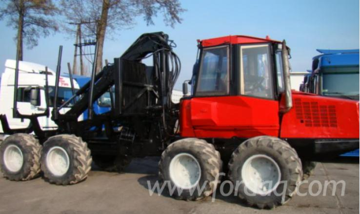 Used-2001-VALMET-Forwarder-in
