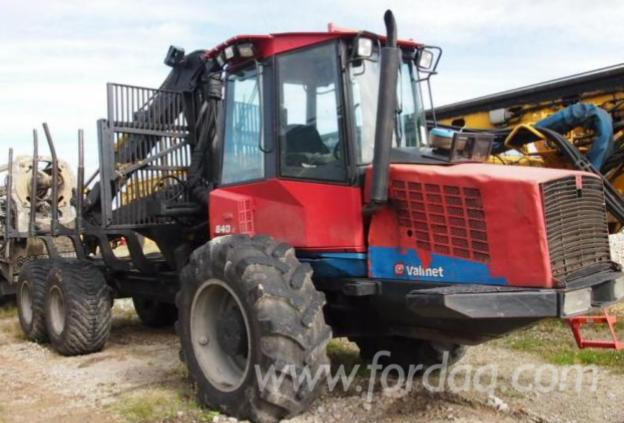 Used-2004-VALMET-Forwarder-in
