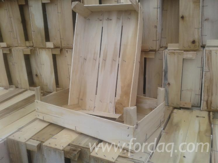 Industrial-crates-for-fruits-and