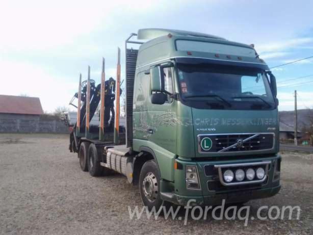 Volvo-FH16-cu-macara