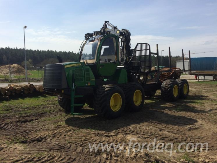 Used-2012-John-Deere-1210E-Forwarder-in