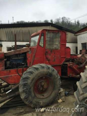 Tracteur-Forestier----Occasion