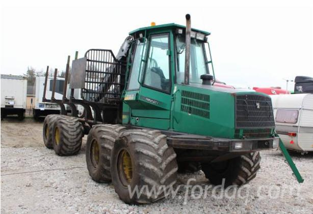Used-2005-TIMBERJACK-1110D-Forwarder-in