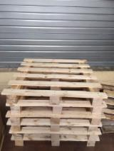 Buy Or Sell Wood Moulded Pallet Block - Pallet, Recycled - Used in good state