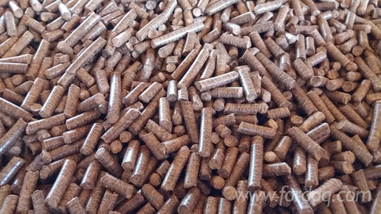 Wholesale-CE-Beech-%28Europe%29-Wood-Pellets-in