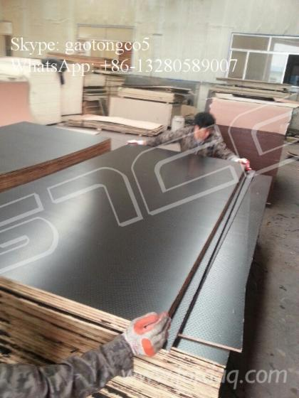 1250mm-2500mm-Black-film-faced-shuttering